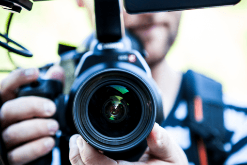 mainstream media crisis communication